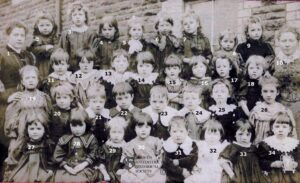 146: Coedffranc Infants class 1900.  A rather poignant photograph as number 19 Mary Hughes died from Diphtheria within a year of the photo being taken.