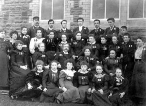 115: Coedffranc staff c. 1910.  Once again we only have names for nos. 1, 15, 20 and 22.  Do you know anyone else?