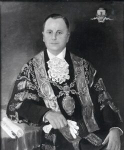 147:  Another unknown man - he appears to be  a Mayor of Neath.  Who is he?